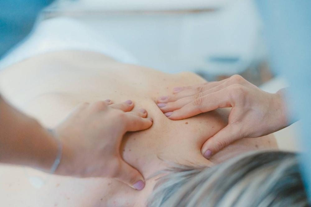 Czy wiesz jak zrobić masaż w domowych warunkach?